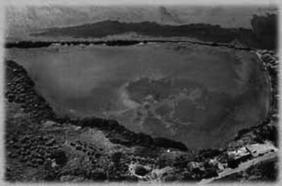 'Ualapu'e Fishpond, Moloka'i, 1988. (Photo courtesy Marine Option Program, University of Hawai'i. Photo by Keith Bigelow.)